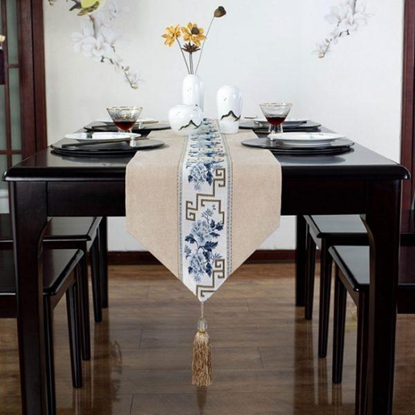 chemin_de_table_floral_vue_de_face